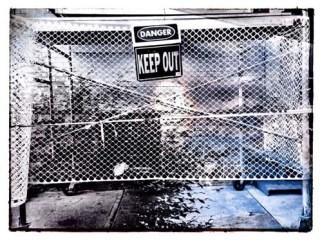 Digital bw 01 keep out