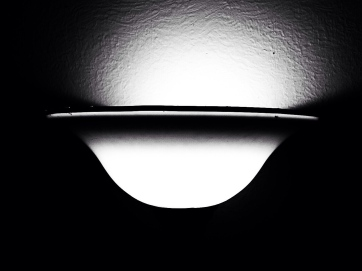 d - bw - light